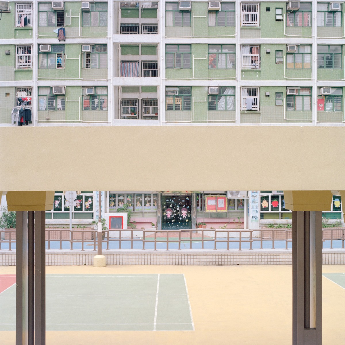 ward-roberts-courts-02.32-28e1e9a8949d7baf5fd7a695b72573e4